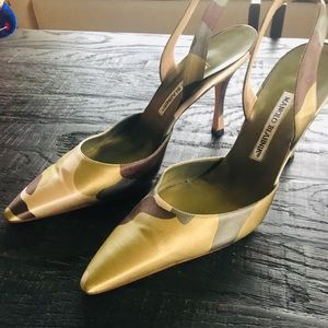 Authentic Manolo Blahnik slingback..Never Worn!